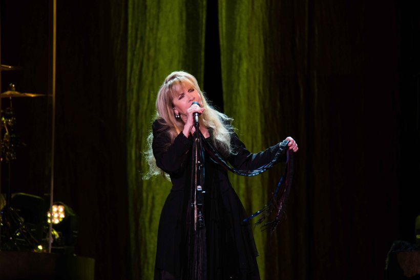 megoneill_303magazine_stevie_nicks_the_pretenders_pepsi_center_article_161027__06