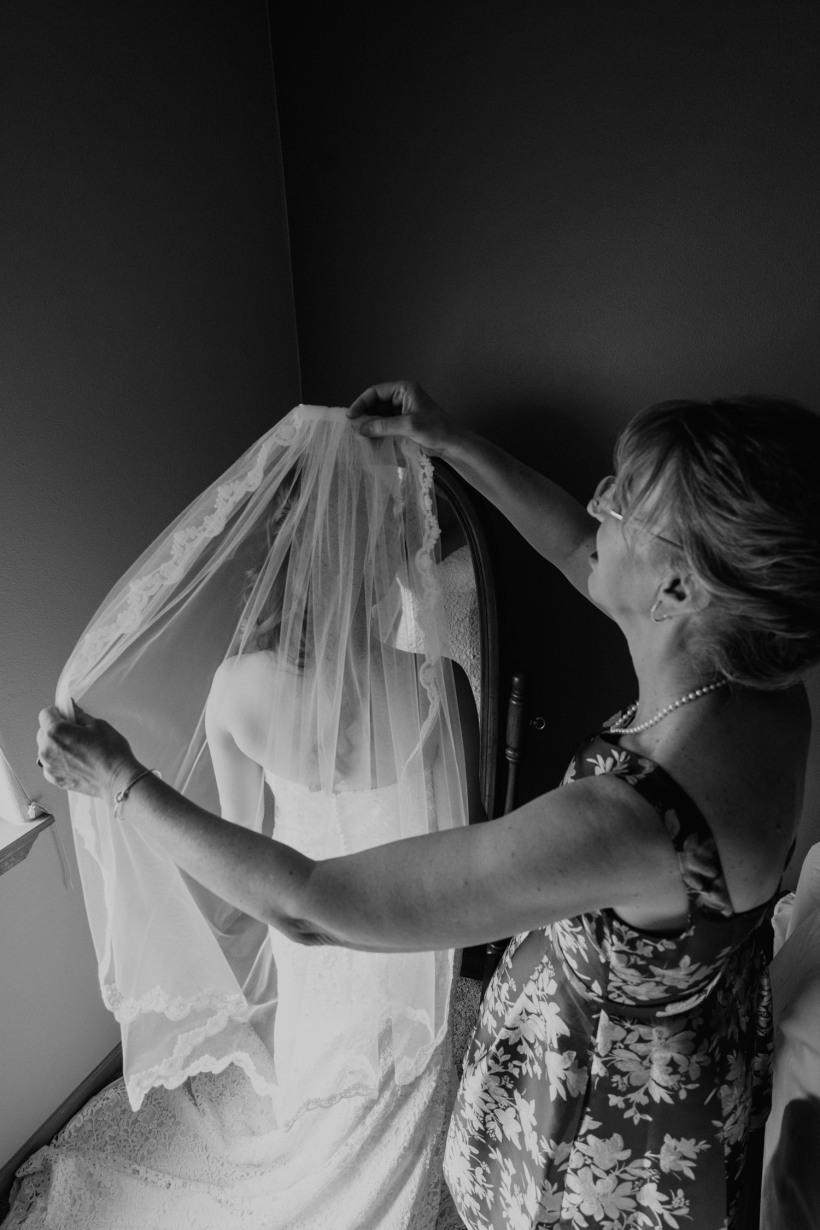 Beth_Jeff_Colorado_Wedding_MegONeillPhotography__180721_29